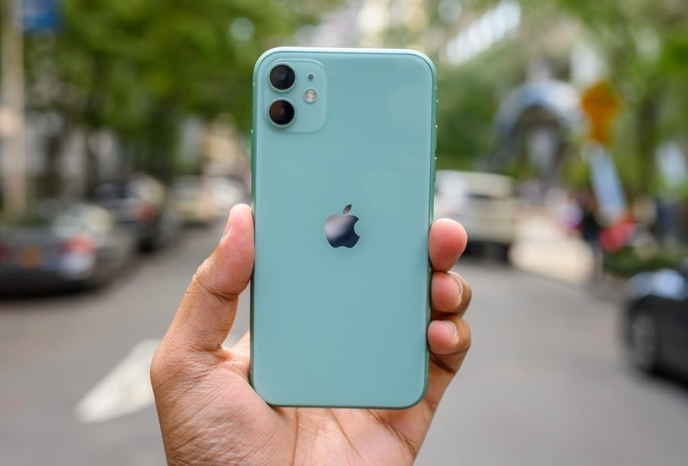iPhone 11 - 12 MegaPixel Camera